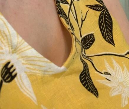 neckline_wide